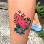 tatuaggio anguria stelle fiore by @loadedfortyfourtattoo