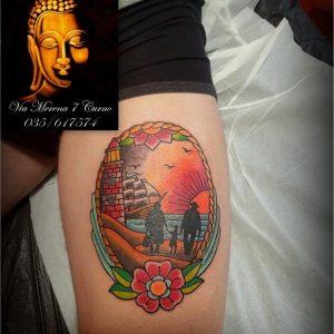 tatuaggio faro nave famiglia tramonto spiaggia fiore by @lorientaletattoocurno