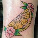 tatuaggio limone fiori by @chasetuckertattoo
