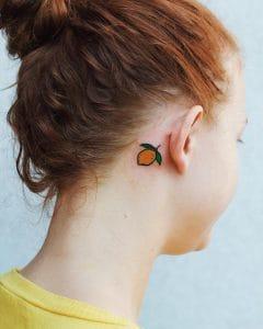 tatuaggio piccolo orecchio limone by @bibikahk