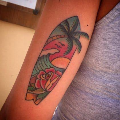 tatuaggio tavola da surf onda by @stefanoabagnale