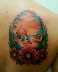 tatuaggio tramonto mare fiori by @dragonskintattoo