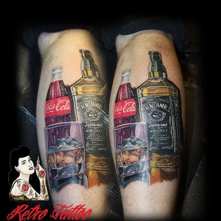 tatuaggio whisky e cola by @balazs.nemeth